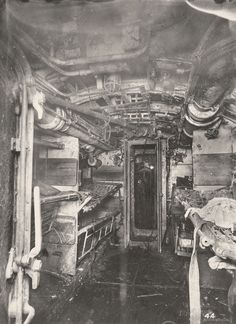 Photos From Inside A Captured First World War German U-Boat (1918) - Flashbak