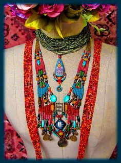 ~ Hippie Chic Jewelry ~ by AowDusdee Hippie Chic, Haute Hippie, Textile Jewelry, Macrame Jewelry, Bracelets Hippie, Collier Floral, Collar Hippie, Art Perle, Hippie Jewelry