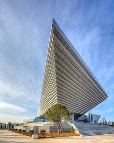Qujing Culture Centre.  #Qujing  Two architecture firms collaborated on this…