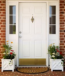 Spring Curb Appeal Ideas!