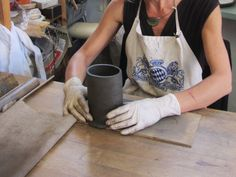 Pottery tutorial. Slab building ideas: How to handbuild, glaze and fire clay vases (without throwing wheel). The whole process step by step. Useful ceramic techniques, tips and tricks.
