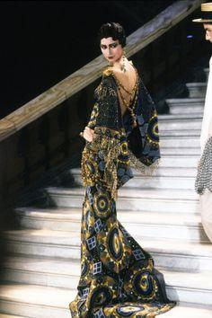 "mote-historie: "" John Galliano for Christian Dior, Haute couture, Spring Summer Collection, 1998. Tribue to Marchesa Luisa Casati. The Palais Garnier. """