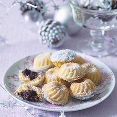 kokosové košíčky Christmas Sweets, Christmas Baking, Christmas Cookies, Low Carb Desserts, Low Carb Recipes, Healthy Recipes, Low Carb Lunch, Low Carb Breakfast, Low Carb Brasil