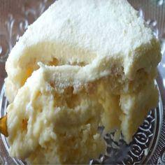 Receita de Bolo Gelado de Leite Ninho de Liquidificador – Tasty Demais Ingredientes 3 ovos 4 colheres (sopa) de margarina 1 xícara de leite em pó 1 e 1/2 xícara de água em temperatura ambiente 2 xícaras de açúcar 1 colher (sopa) de fermento em pó 3 xícaras de farinha de trigo Modo de fazer… Ler mais »