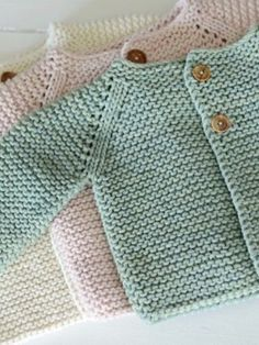 Child Knitting Patterns Free Knitting Sample for Bramble Border Cable Throw - Throw measures x Designed by Joan Barnett for Pink Coronary heart. Pictured mission by Baby Knitting Patterns Supply : Free Knitting Baby Cardigan Knitting Pattern Free, Cardigan Pattern, Easy Knitting, Crochet Cardigan, Knitting Sweaters, Baby Knitting Patterns Free Newborn, Knit Baby Sweaters, Crochet Jacket, Knitting Charts