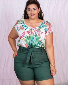 Shots Bengaline Plus Tam Plus Size Romper, Plus Size Dresses, Plus Size Outfits, Trendy Plus Size Fashion, Curvy Fashion, Curvy Outfits, Casual Outfits, Green One Piece Swimsuit, Plus Size Looks