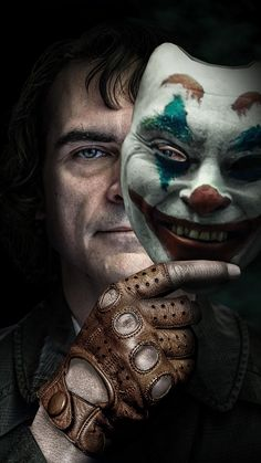 Joker Movie:'So Well Nuanced'! Shah Rukh Khan Is All Praises For Joaquin Phoenix's Performance In 'Joker' Joker Hd Wallpaper, Joker Wallpapers, Iphone Wallpapers, Joker Batman, Gotham Batman, Batman Art, Batman Robin, Joaquin Phoenix, Clowns