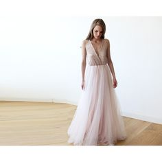 Pink V-neck sequins maxi tulle gown