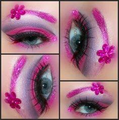 Eyes look pretty in pink!