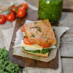 A wonderful vegetarian and grain free sandwich. Made with almond flour focaccia and filled with homemade kale pesto. Paleo, LCHF, vegetarian and super healthy