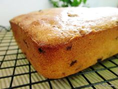 T is the festive season again and the all-time favourite for X& is undoubtedly the ubiquitous fruit cake. This Yoghurt Fruitcake cau. Baking Recipes, Cake Recipes, Dessert Recipes, Desserts, Light Fruit Cake Recipe, Food And Travel Magazine, Butter Recipe, Festive, Fruit Cakes