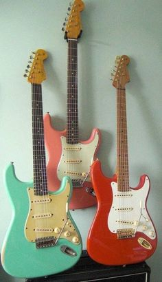 Guitar Girl, Music Guitar, Cool Guitar, Playing Guitar, Ukulele, Fender Stratocaster, Fender Guitars, Music Collage, Cool Electric Guitars