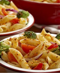 Making Salad Supreme Pasta Salad is super easy with this pasta salad recipe. Grab your favorite pasta, whether it's penne, rotini or fusilli, and add. Healthy Pasta Salad, Easy Pasta Salad Recipe, Pasta Recipes, Cooking Recipes, Dinner Recipes, Cookbook Recipes, Brunch, Edamame, Tortellini