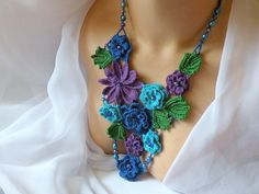 Crocheted Statement necklace Roses, Fairy wishes