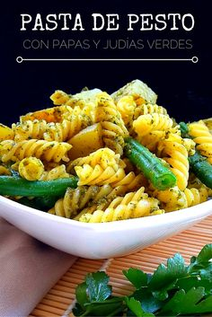 A super simple pasta dish which is great hot or cold. It's made with a vegan-friendly mixed-herb pesto. Pasta Al Pesto, Vegan Pasta, Vegan Food, Delicious Vegan Recipes, Vegetarian Recipes, Healthy Recipes, Spicy Recipes, Healthy Food, Pasta Recipes