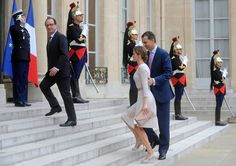 French President Francois Hollande (L) welcomes King Felipe VI of Spain (R) and Queen Letizia of Spain at the Elysee Palace on July 22, 2014 in Paris, France. King Felipe VI and Queen Letizia of Spain are in offical day visit in France.