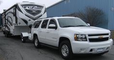Learn how a three-quarter ton truck may be able to tow a trailer that is usually limited to a one-ton trucks. 5th Wheel Camper, Fifth Wheel Campers, Fifth Wheel Trailers, Trailer Axles, Rv Trailers, Horse Trailers, Folding Campers, Gooseneck Trailer, Truck Mods