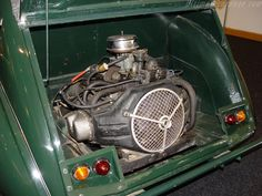 Photos of Citroen 2 CV Sahara. Photo We have a huge collection of photos! Burton Car, 2cv Sahara, Psa Peugeot Citroen, Isuzu D Max, 2cv6, Motor Car, Auto Motor, Car Photos, Amazing Cars