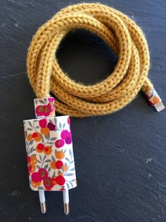 Etsy - Shop for handmade, vintage, custom, and unique gifts for everyone Joining Yarn Crochet, Hand Embroidery Patterns, Crochet Patterns, Cable Iphone, Telephone Iphone, Spool Knitting, Stoff Design, Accessoires Iphone, Bracelet Crafts