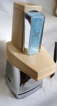 Vintage Atomic Ice Crusher Redi Icer