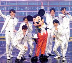 Pick And Mix, Great Team, Victorious, Mickey Mouse, Disney Characters, Fictional Characters, Japanese, Guys, Anime
