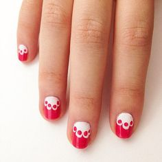 Snowed In? We've Got 15 Easy-to-DIY Nail Art Designs to Try: Nail art is actually easy to do yourself, which is why we've rounded up our favorite DIY nail designs to inspire your next manicure. Simple Nail Art Designs, Best Nail Art Designs, Short Nail Designs, Easy Designs, Nail Art Hacks, Nail Art Diy, Cool Nail Art, Lace Nail Art, Lace Nails