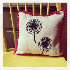 Screen printed cushion, organic linen and bright pink pom poms. By Hesperoo.
