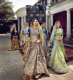 """""""De Marièe"""" Collection 17 by Ali Xeeshan 💚💛 is so lush Indian Bridal Fashion, Indian Bridal Wear, Asian Bridal, Indian Wear, Pakistani Couture, Indian Couture, Pakistani Bridal, Bridal Lehenga, Pakistani Wedding Outfits"""