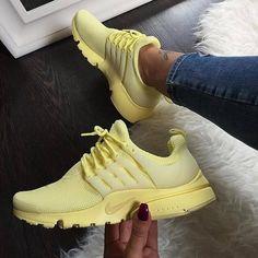 yellow nike air presto