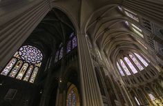 An intensive restoration of France's Chartres Cathedral that replicates the interior's original colors and patterns has earned a polemical rebuke from the critic Martin Filler,.... Photo Lawrence OP/Flicker