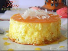 flan with coconut Coconut Flan, Coconut Desserts, Thermomix Desserts, Gourmet Desserts, Delicious Desserts, Smoothie Ingredients, Smoothie Recipes, Flan Coco Caramel, Mexican Food Recipes