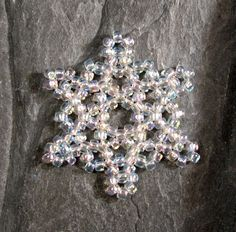 This was made with size 15 seed beads, using a free tutorial by Sandra Halpenny.