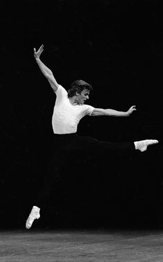 "New York City Ballet production of ""The Four Temperaments"" with Mikhail Baryshnikov, choreography by George Balanchine (New York) - NYPL Digital Collections"