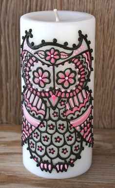 Owl Candle hand painted, fresh linen scent, pillar candle measures 6 inches by 2.8 inches