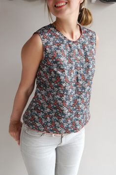 casual blouse designs \ casual blouse ` casual blouses for women ` casual blouse designs ` casual blouse outfit ` casual blouse summer ` casual blouse classy ` casual blouse designs cute tops ` casual blouses for women 2019 Short Kurti Designs, Kurta Designs Women, Salwar Designs, Designer Kurtis, Dress Neck Designs, Blouse Designs, Vestidos Nancy, Aime Comme Marie, Sewing Blouses