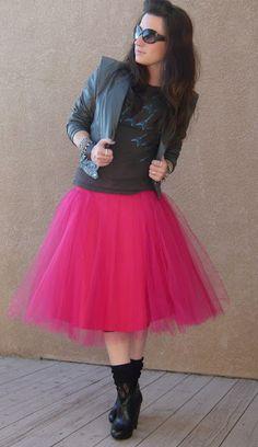DIY skirt! Would love it in black!