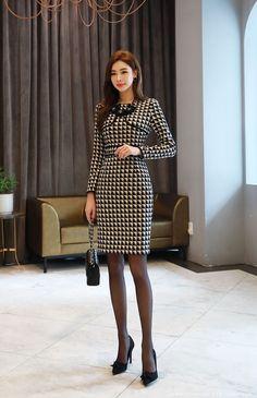 Korean Women`s Fashion Shopping Mall, Styleonme. Asian Fashion, Look Fashion, Girl Fashion, Fashion Dresses, Womens Fashion, Classy Outfits, Cute Outfits, Shorts Longs, Slim Fit Dresses