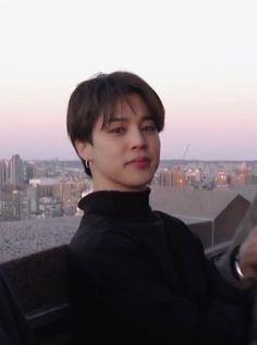 Jimin Pictures, Park Jimin Cute, Foto Jimin, Bts Aesthetic Pictures, Hoseok Bts, Bts Fans, I Love Bts, Bts Korea, Yoonmin
