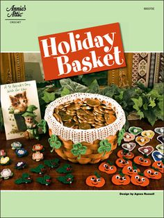 Holiday basket liners - great idea!.Beautiful Basket liners. #Basket liner #Liner #Basket #wicker basket