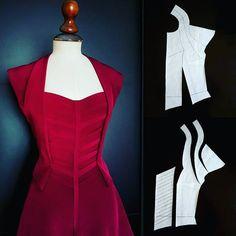 "1,662 Synes godt om, 59 kommentarer – Nelly Trines (@nellytrines) på Instagram: ""📿💋🎩📿💋🎩📿💋🎩💋📿💋🎩📿💋🎩📿💋🎩 #nellytrines #isew #naaien #nähen #sewingblogger #fabricmanipulation…"""