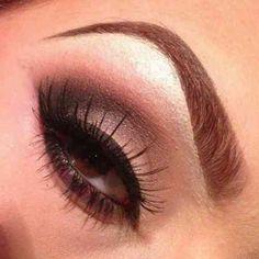 idée de maquillage original pour les yeux marrons