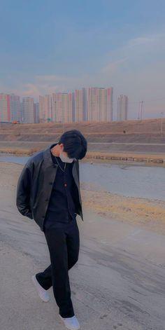 Nct Logo, Korea Wallpaper, Photo Editing Vsco, Mingyu Seventeen, Nct Doyoung, Aesthetic Boy, Boyfriend Material, Jaehyun, Nct Dream
