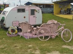 Thinkin' pink at 'Fredericksburg Trade Days'!
