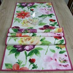 luxusný bavlnený obrus, stredový behúň, dlhý obrus Quilts, Blanket, Bed, Home, Stream Bed, Quilt Sets, Ad Home, Blankets, Homes