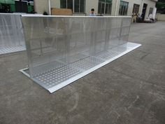 RK new design safety of crowds/crowd control barrier for performance