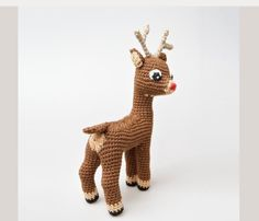 "#crochet pattern for an adorable little Rudolph: ""Ce mond'ci, je ne le comprends pas, et il y a tant de choses à vivre."""