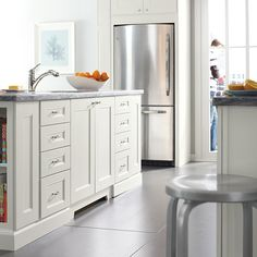 This Contemporary Kitchen Features Dunemere Purestyle Cabinets In Picket Fence Finish From Martha