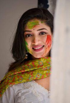 Beautiful Girl Photo, Beautiful Women Pictures, Beautiful Girl Indian, Beautiful Indian Actress, Gorgeous Women, Beauty Full Girl, Beauty Women, Beautiful Housewife, Bengali Bride