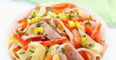 Recette de Salade minceur de tagliatelles de jambon et concombre au maïs. Facile et rapide à réaliser, goûteuse et diététique.