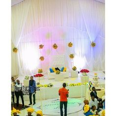 Event-decor inspiration.pic via @femcyevents #decor #events #yellow #white #inspiration